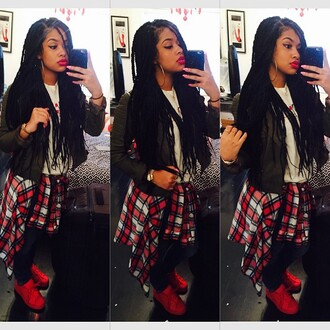 jacket latina girl stylish bomb drop dead clothing gorgeous new yorker perfection red lipstick gold watch
