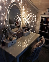 makeup table,make-up,lights,home decor,bedroom,christmas lights,peaceful,jewels,lamp,top,home accessory