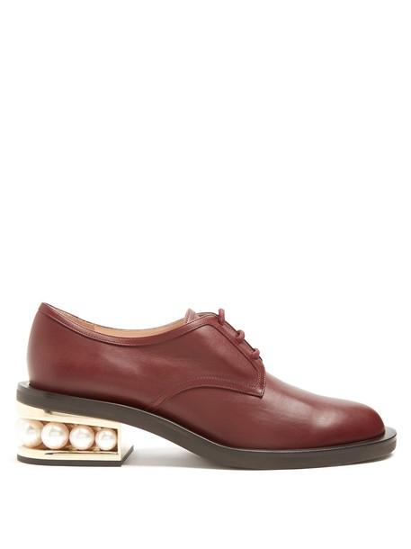 Nicholas Kirkwood pearl shoes leather burgundy