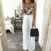 wide-leg pants,white pants,bustier crop top,bustier,high waisted pants,black bag,corset top,top,crop tops,cropped,maxi skirt,white skirt,leather bag,white loose pants,jewels,jewelry,pants,palazzo pants,white,bold,summerpants,loose,black and white,cute,boho,boho chic,flare pants,long pants,baggy pants,taille haute,pantalon,plage,blanc,sweetheart,sweetheart neckline,black,boho pants,flowy pants,classy,girly,fashion vibe,summer,outfit,large,elegant,corset,summer outfits