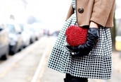 jacket,leather jacket,winter coat,cute dress,clutch,red,buttons,beige,black,white,checkered,beautiful,dress