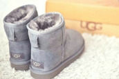 ugg boots,grey,boots,blue,light grey,fur,sheepskin uggs or sheepskin boots,sheepskin,jeans,shoes,shoes winter,fashion,warm,cozy,feet,❄️winter boots lowered,winter boots,holiday gift