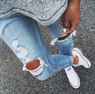 jeans ripped jeans grey t-shirt grey top grey shirt blue jeans converse white converse