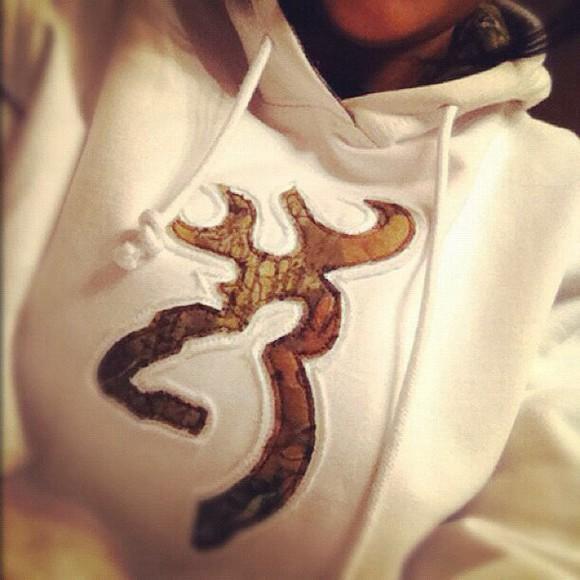 camouflage browning sweater/sweatshirt hoodie