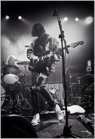 shoes peace band white shoes harry koisser indie bands smart shoes rock