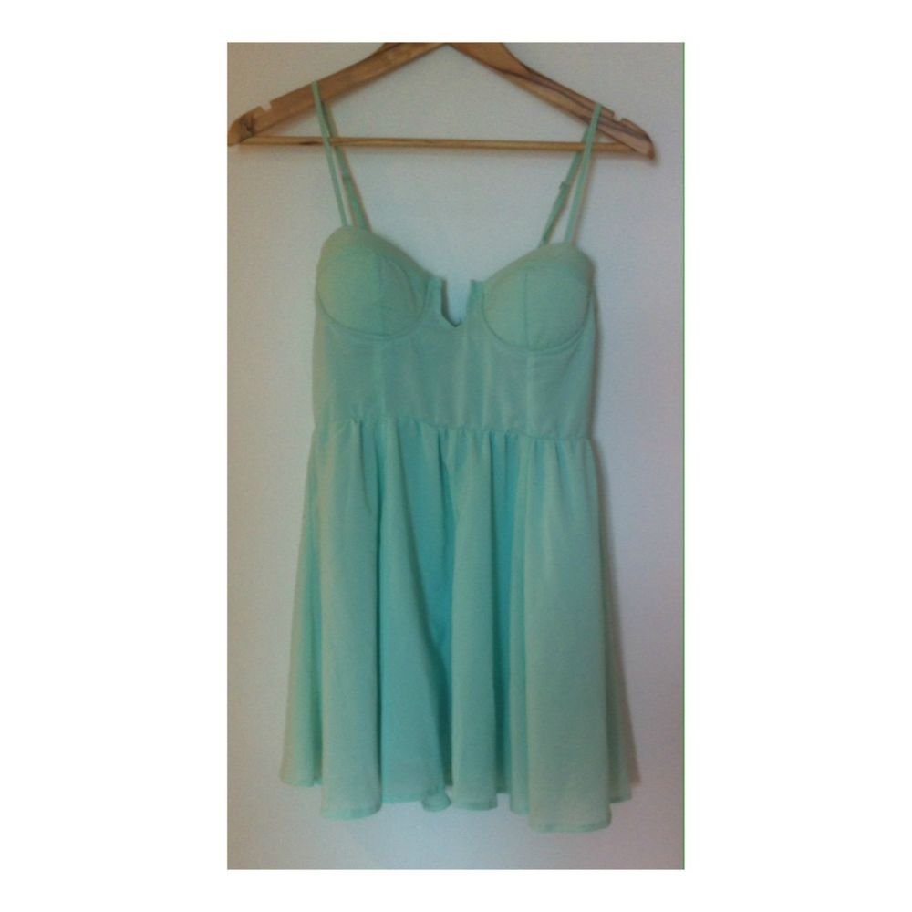 Showpony Mint Green Dress Size 8 | eBay