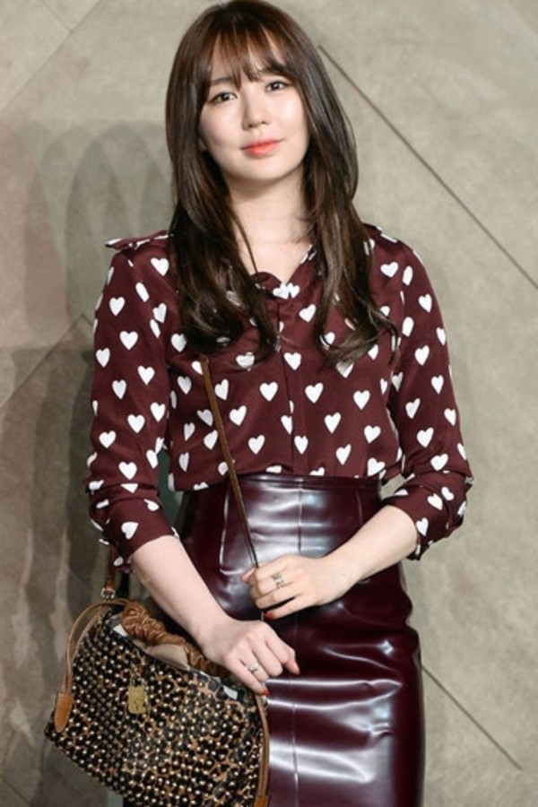 shirt blouse heart top clothes fashion cute korean fashion celebrity red burgundy