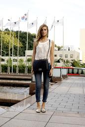 the blonde salad,jeans,t-shirt,bag,sunglasses,shoes