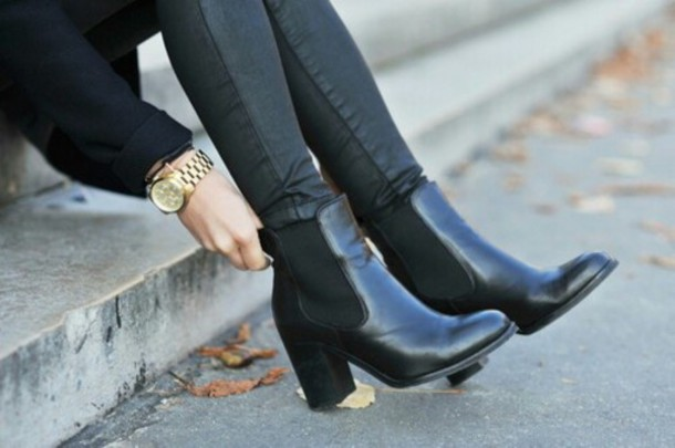 black booties shoes chelsea boots fashion black boots watch black legs street ankle boots