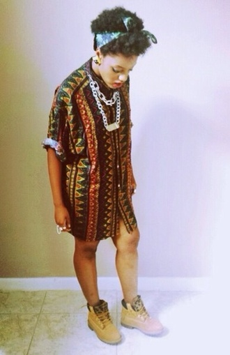 shirt top tribal pattern vintage shirt dress patterned dress timberlands statement necklace bandana print floral big earrings red orange yellow black green knuckle ring african print pattern