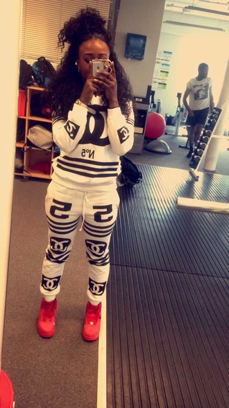 pants chanel chanel t-shirt chanel style jacket white white t-shirt white top black phone cover iphone cover gym curly hair dark lipstick dark black and white red
