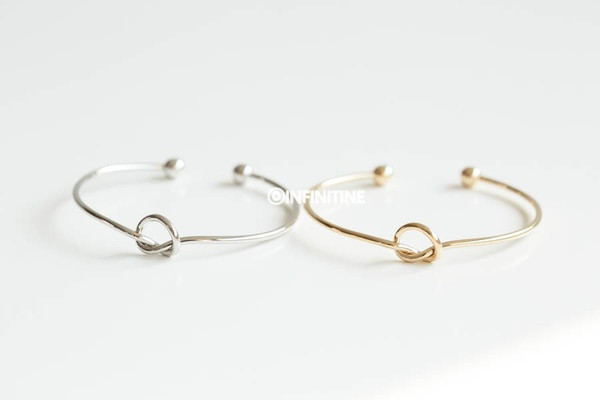 Heart knot bangle bracelet