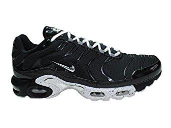 separation shoes aa81e 6345e Amazon.com   Nike Air Max Plus (Boys Grade School)   Running