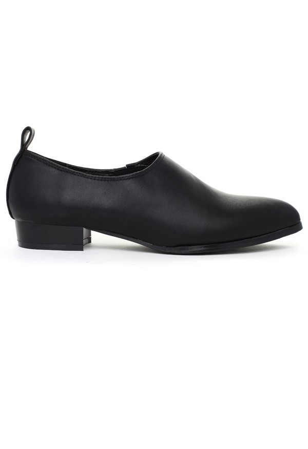 chicwish pointed loafers