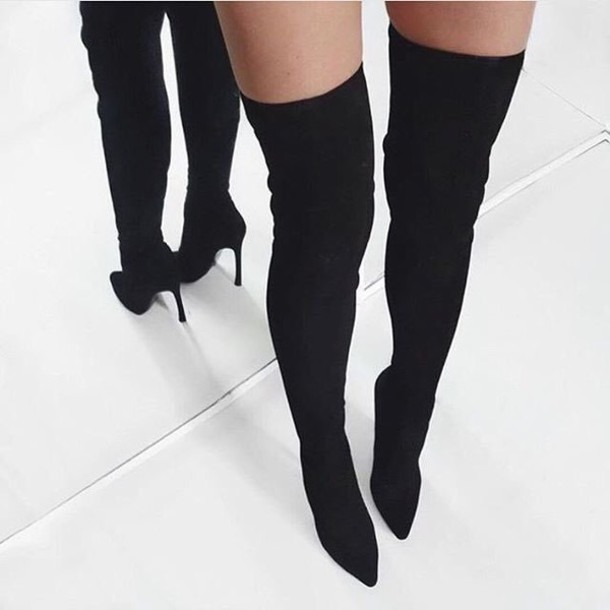 pointed boots, black boots, winter