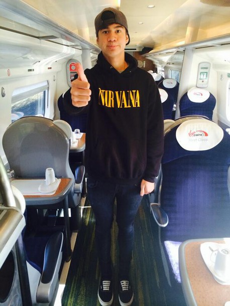 nirvana calum hood sweater