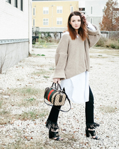 sea of shoes,blogger,sweater,dress,jeans,shoes,bag