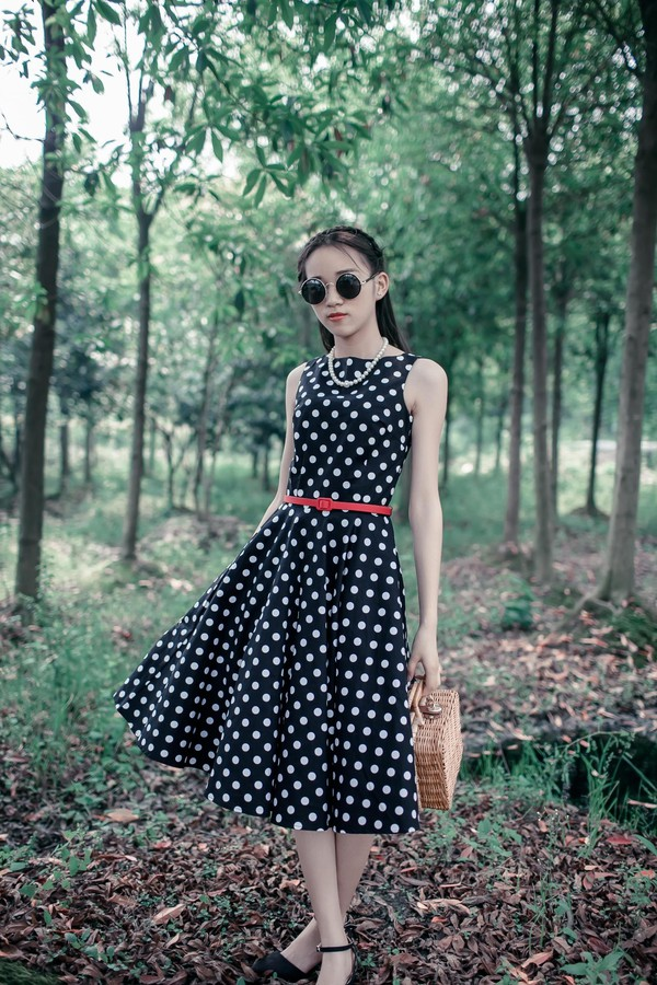 little black dress black dress vintage cute dress 50s style 50s drss vintage dress retro dress fashion dress streetstyle 50s style