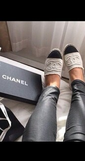 shoes,chanel espadrilles,chanel,black,white,summer,casual wear,chanel shoes,black and white shoes,outfit,formal event outfit,jeans,leather pants,bag,designer,classy,girly wishlist,ballet flats,flats,canvas shoes,loafers,beige shoes,chanel slippers,sassy,chanel inspired,two colour