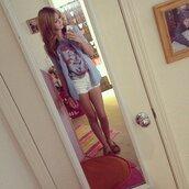 shirt,clothes,acacia brinley,superman,white shorts,shoes,jacket