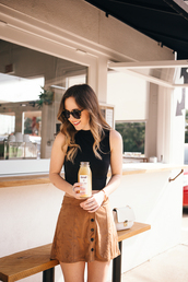 side smile style,blogger,suede skirt,button up skirt,buttoned skirt