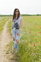 perla oreneta,blogger,jeans,t-shirt,shoes