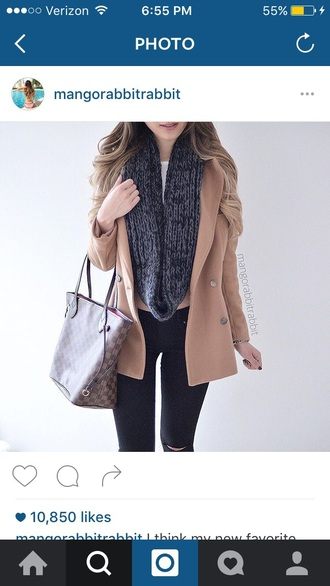 coat tan scarf white top black pants cropped bag outfit tan shirt tan coat beige beige coat buttons jacket knitwear knitted scarf infinity scarf infinity white top black jeans black leggings leggings skinny pants black pants white crop tops cropped shirt outfit idea fall outfits cute cute top cute outfits fall coat black scarf