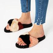 shoes,slide shoes,fluffy,fluffy slides
