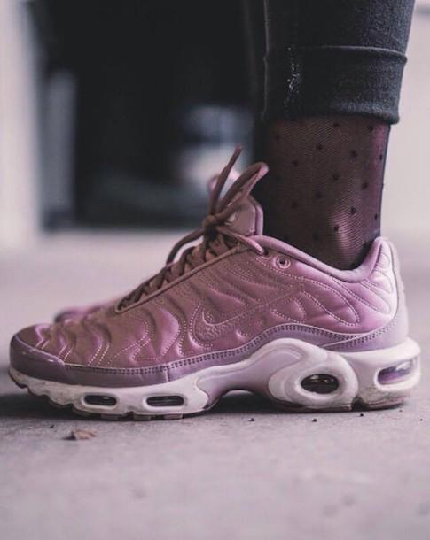 b9828227e9da shoes nike tumblr instagram pink white trainers sneakers nike shoes nike  air nike sneakers tumblr shoes