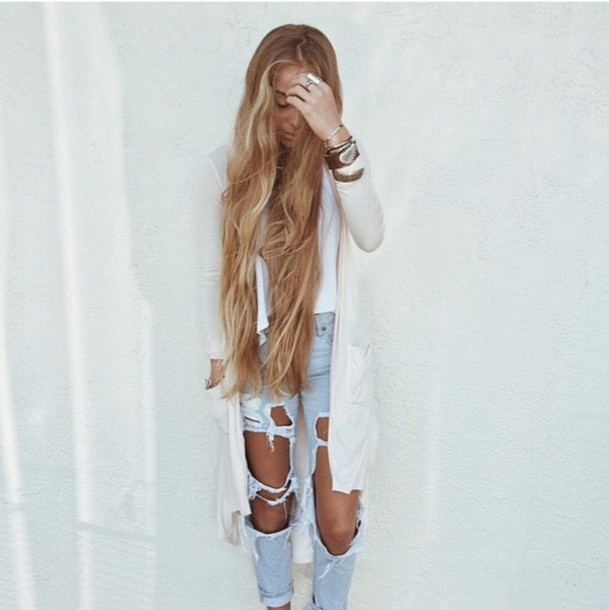 white top cardigan white jacket light blue light blue jeans skinny jeans