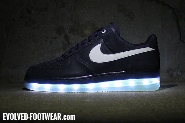 6050b0a7812319 ... zoom trout 3 turf with continuous lights  nike light up shoes  nike air  force 1 nrg medal stand with lights evolved footwear custom light up shoes  ...