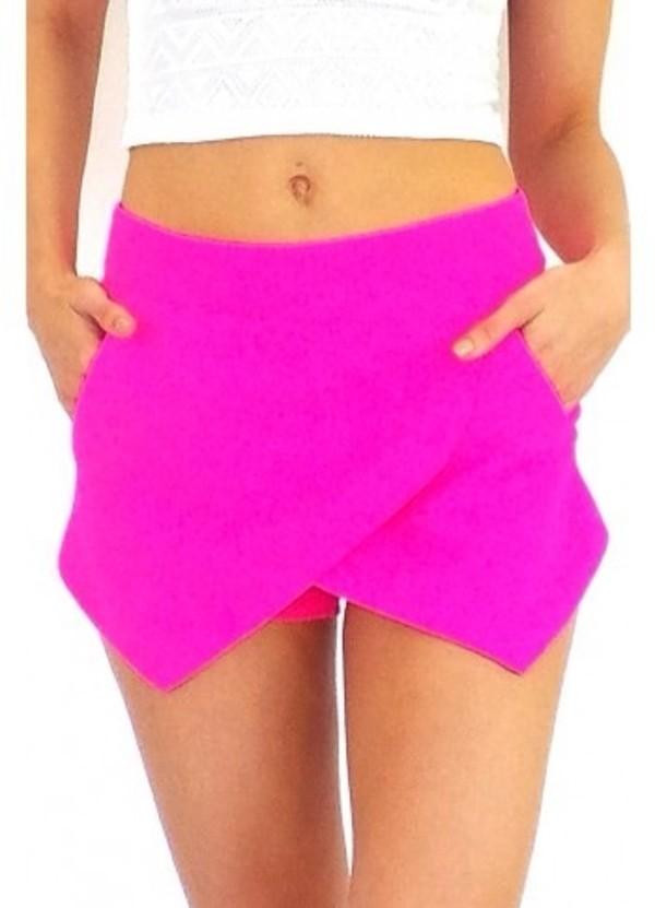pants skorts shorts pink bright urgent pretty magenta neon pink neon folded fold