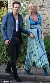 kate moss,jamie hince,blue dress,dress