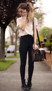 pants,high waisted,high waisted pants,bag,blouse,t-shirt,style,black,pastel,high waisted jeans,black skinny jeans,street,outfit,cute,shirt,shoes,brown leather satchel,vintage,loose tshirt,casual,jeans,handbag,school bag,back to school,black jeans,black high waisted pants,black high waisted jeans,neutral colors,cute outfits,stylish,Stylish outfit,fashion inspo,inspiration,jewelry,purse,satchel,top,combat boots,streetstyle,streetwear,fall outfits,cold,coldweather,tumblr clothes,pinterest clothes,duffle bags,duffle bag,leggings,white t-shirt,brown,dark brown,brown leather,crossbody bag,brown leather bag,leather