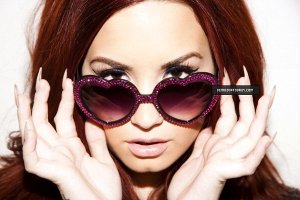sunglasses demi lovato marialia pink sunglasses heart sunglasses pink heart sunglasses
