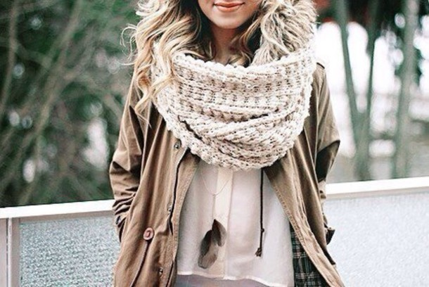 scarf cozy warm ivory winter outfits coat jacket beige big wolle wollen