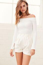 shorts,top,off the shoulder,white,josephine skriver,model,long sleeves