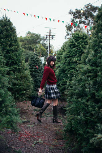 the stylish wanderer blogger plaid skirt boots sweater skirt bag shoes jewels