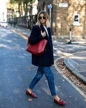 bag,shoulder bag,maxi bag,jeans,loafers,coat,wool coat,white t-shirt,sunglasses