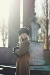 by vh,blogger,jewels,hat,camel coat