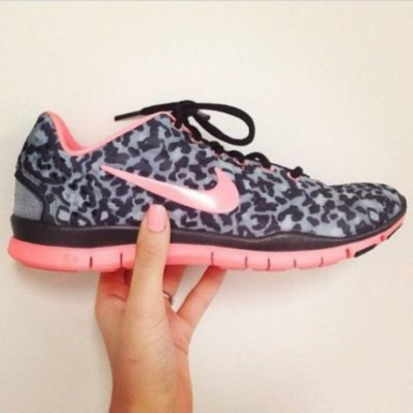 667ca66705a7 Nike Free TR Fit 3 Print womens sneakers in black