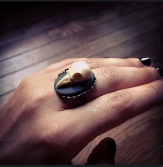 jewels skull birds ring black weird pretty