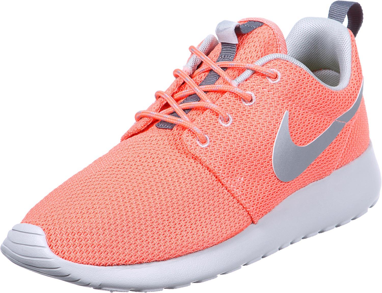 Nike Roshe Run W schoenen roze zilver