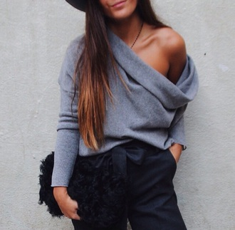 blogger instagram style winter sweater grey sweater off the shoulder sweater