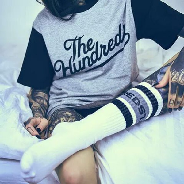 t-shirt the hundreds socks