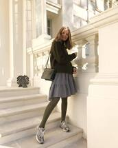 shoes,sneakers,new balance,grey sneakers,tights,opaque tights,skirt,grey skirt,sweater,green sweater,knit,knitwear,knitted sweater