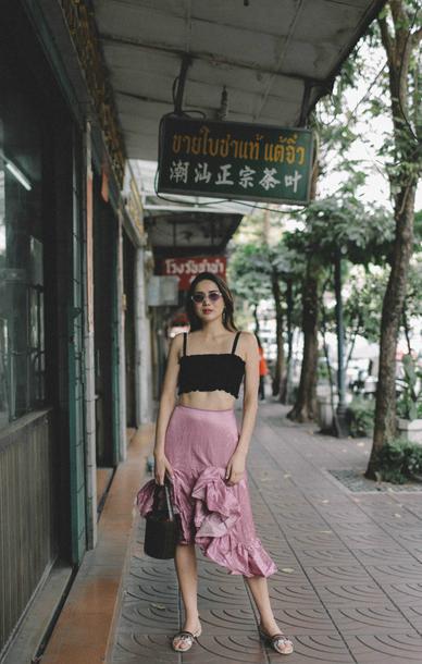 dylana suarez blogger top skirt bag sunglasses crop tops pink skirt sandals spring outfits