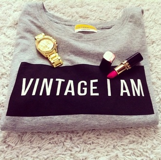 sweater t-shirt shirt clothes grey sweater vintage i am vintage black gris girl graphic tee