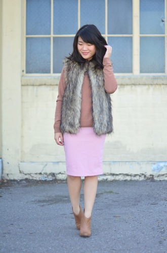 faux fur jacket blogger daily disguise pink skirt pencil skirt