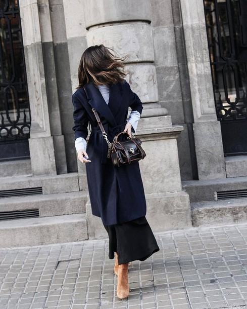 f0d166c66aa coat tumblr blue coat bag black bag top grey top pants black pants wide-leg